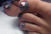 Nails pies
