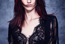Eclipting Color / Our exclusive face-framing hair color service, created by Aveda Global Artistic Director for Hair Color Ian Michael Black, puts your best features in the spotlight.