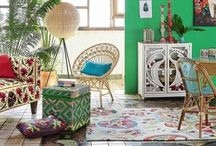 Decorate with SKLUM hand and color design