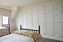 bedrooms / by Lynne Nero