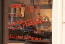 Mercato / window sign design for Italian deli