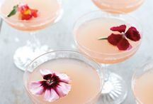 Non-alcoholic Party Drinks. / Be snazzy with these tasteful party drinks.