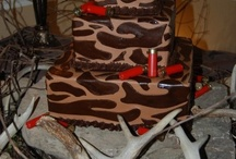 Grooms cakes / I love the idea of having a Groom's cake.