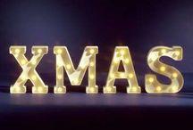 Weihnachtsbeleuchtung / Lichterketten, Lampen und leuchtende Objekte für eine stimmungsvolle Weihnachtsdekoration.