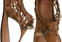 Sandálias/ Calçados
