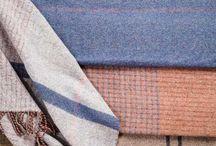 Piknikové deky | Kateřina Soukupová / Nejlepší hostinu v trávě zažijete s naší originální dekou. Piknikové deky jsou tkány v malých sériích, jedinečných vzorech a barevných variantách. S vlněnou piknikovou dekou si užijete lenošení v trávě bez pocitu chladu.  E-shop a více informací najdete na www.katerinasoukupova.cz