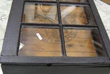 muebles, ventanas y puertas recicladas