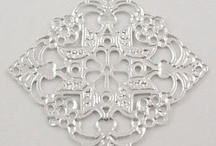 I heart lace and lattice / by Casa Haus