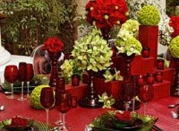 Holiday tablescapes / by Kathy Sawyer