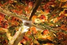 Пироги / Предлагаем несколько вариантов пирогов: с песочными коржами и без них, с сыром, фруктами, шоколадом, уксусом, лососем и даже со скальпированными помидорами черри.