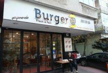 Burger@ Göztepe / Burger@ Göztepe http://www.gezginnerede.com/2015/12/25/burgeret-goztepe-hamburger-kadikoy-mekan/