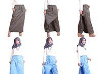 Rok Celana Dewasa / www.tokopedia.com/pojokbajumuslim Menjual rok celana. Praktis dan nyaman digunakan. Bahan tebal berkualitas.