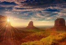 Monument Valley, entre l'Arizona et l'Utah, Etats-Unis paysages Amérique nord / Monument Valley, entre l'Arizona et l'Utah, Etats-Unis paysages Amérique nord