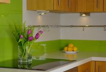 Coloured Glass Upstands / British made coloured glass Upstands in a range of colours that co-ordinate perfectly with our coloured Splashbacks.