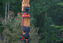 moai tiki totem
