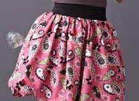 Reversible bubble skirts