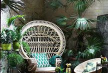 Tropical Vibes / How to bring the outdoors in with a touch of Tropicana. From palm-leaf wallpapers to palm fronds in vases. It's all about the Tropical vibe right now.