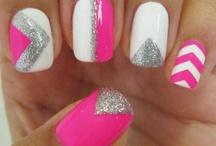 Nails / by Esmeralda Castro