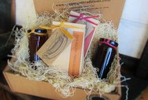 Holiday Food Gifts / Holiday Christmas Gifts for the Foodie Food Lover!