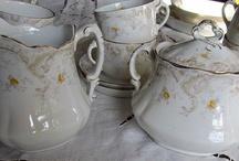 Vintage Tea Room, Bed & Breakfast / by Vintage Mama