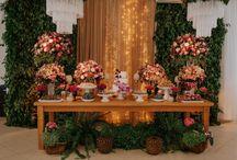 Decoração de casamento marsala / Decoração de casamento na cor marsala e vinho.
