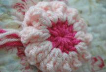 crocheted daisy