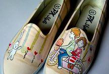 Produk Sepatu Lukis