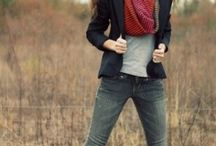 Senior Picture Clothes Ideas / by Carly Perry