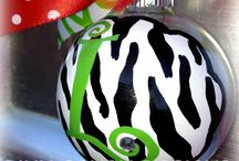 ORNAMENTS (DIY/HOW-TO'S & PRE-MADE) / by Julie Eckert