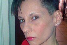 Italiane / Tagli di capelli molto corti - girl and women very short haircut