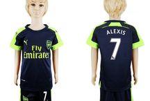 Billige Alexis Sanchez trøje Børn / Billige Alexis Sanchez trøje Børn på online butik. Alexis Sanchez hjemmebanetrøje/udebanetrøje/målmandstrøje/trøje langærmet tilbud  med eget navn.