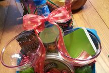 Gift ideas / by Mary Zonca