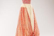I love dresses / by Dayna Frandsen