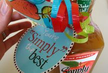 Gift Ideas / by Telicia Smith