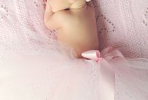 Ideas for your newborn session / Great ideas for your newborn session with your's truly...me!