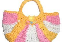 Malinhas para criança / Malinhas feitas em linha barbante em várias cores e formatos. Todas forradas com tecido e fecham com mola ou fita velcro. A sua criança vai adorar!  http://fatbagscrochet.com