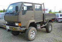 4WD トラック