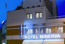 Il nostro Hotel..... / La nostra struttura si trova in pieno centro storico di Pordenone facilmente raggiungibile in auto e dotata di 2 parcheggi gratuiti. Offre camere confortevoli adatte a qualunque genere di clientela, dall'uomo d'affari ai gruppi organizzati.