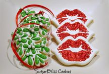 Cookies: Decorated Cookies / Decorated sugar cookies (usually with royal icing), and royal icing decorating techniques.