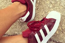 I LOVE ADIDAS SUPERSTAR SNEAKERS