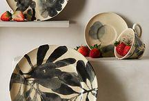 Üveg, porcelán és kerámia / Glass, porcelain & clay