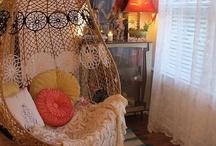 Hanging Chairs & Hammocks