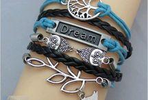 Bracelet / Bracelets