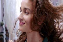 Heroine Alia Bhatt in Dear Zindagi Bollywood Movie HD Photo   Famous HD Wallpaper
