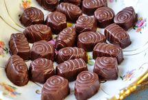 Chocolat fourré fait à la maison