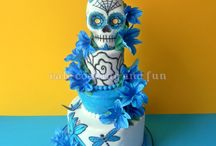 Cakes / by Chaly Cantu