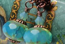 earings-necklaces