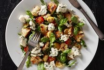 Salads w. cheese / Salads with Emborg cheese toppings