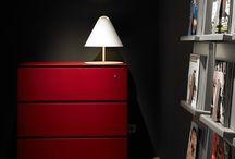 Dieffebi en el Salone del Mobile 2015 / Os dejamos algunas fotos del stand de la marca italiana del mobiliario para oficina, Dieffebi. Durante el iSaloni 2015 presentaron el catálogo con sus últimas novedades.
