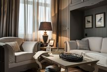 English Mood • Moscow apartment • / Harmony and elegance, enhanced by the choice of award-winning architect Petr Kozeykin, are created using mainly furniture from the collection English Mood from Minacciolo re-forming an ambiance with a taste of the countryside alongside a touch of a very refined provance, all with a minimum of good old retro, for a couple who aspire to enjoy all the pleasantries of life in a class of comfort. The small size of the premises required a visual technique of expansion for each area.